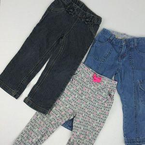 bundle 3 gilrs 3T jeans and pants